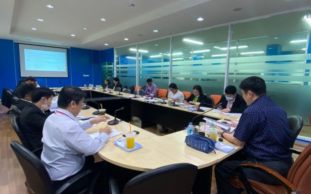 วันที่ 21 ตุลาคม พ.ศ. 2563 เวลา 13.30 น. สำนักงานเลขานุการกองทุนพัฒนาเทคโนโลยีเพื่อการศึกษา ประชุมตรวจรับงานโครงการตามสัญญารับทุน เลขที่สัญญา 5/2563 งวดที่ 1  โครงการการออกแบบและพัฒนาระบบการเรียนการสอนออนไลน์ด้วยชุดสื่อดิจิทัล : วิชาวัสดุวิศวกรรม ณ ห้องประชุมกองทุนพัฒนาเทคโนโลยีเพื่อการศึกษา อาคารกรมการฝึกหัดครู (เดิม) กระทรวงศึกษาธิการ